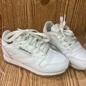 Reebok classic kids 11 white leather sneakers